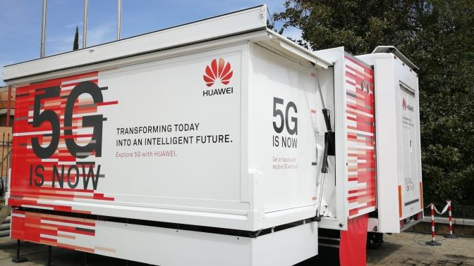 Huawei demo truck 5G is Now